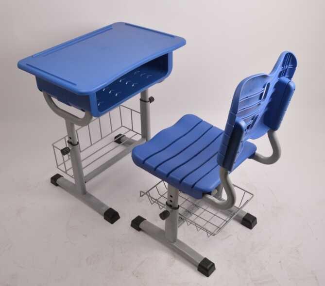 中美隆新型学生课桌椅
